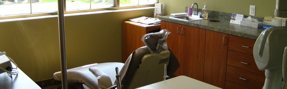Robert W. Haag, DDS Family Dentistry - Treatment Room